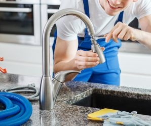 How To Fix a Kitchen Faucet Sprayer
